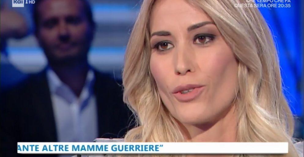 Domenica In, Elena Santarelli: 'Mio figlio Giacomo sta bene, ma le chemio non sono finite'