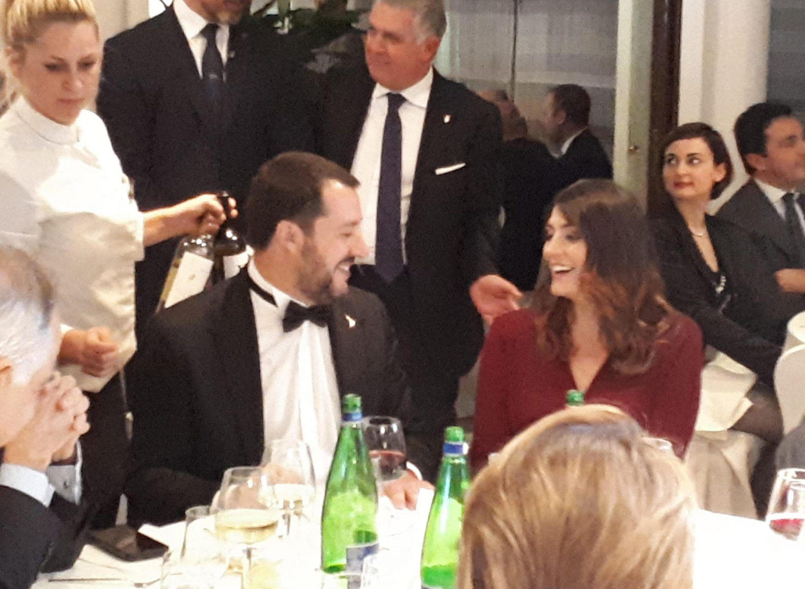 Elisa Isoardi e Matteo Salvini di nuovo insieme per una cena di gala
