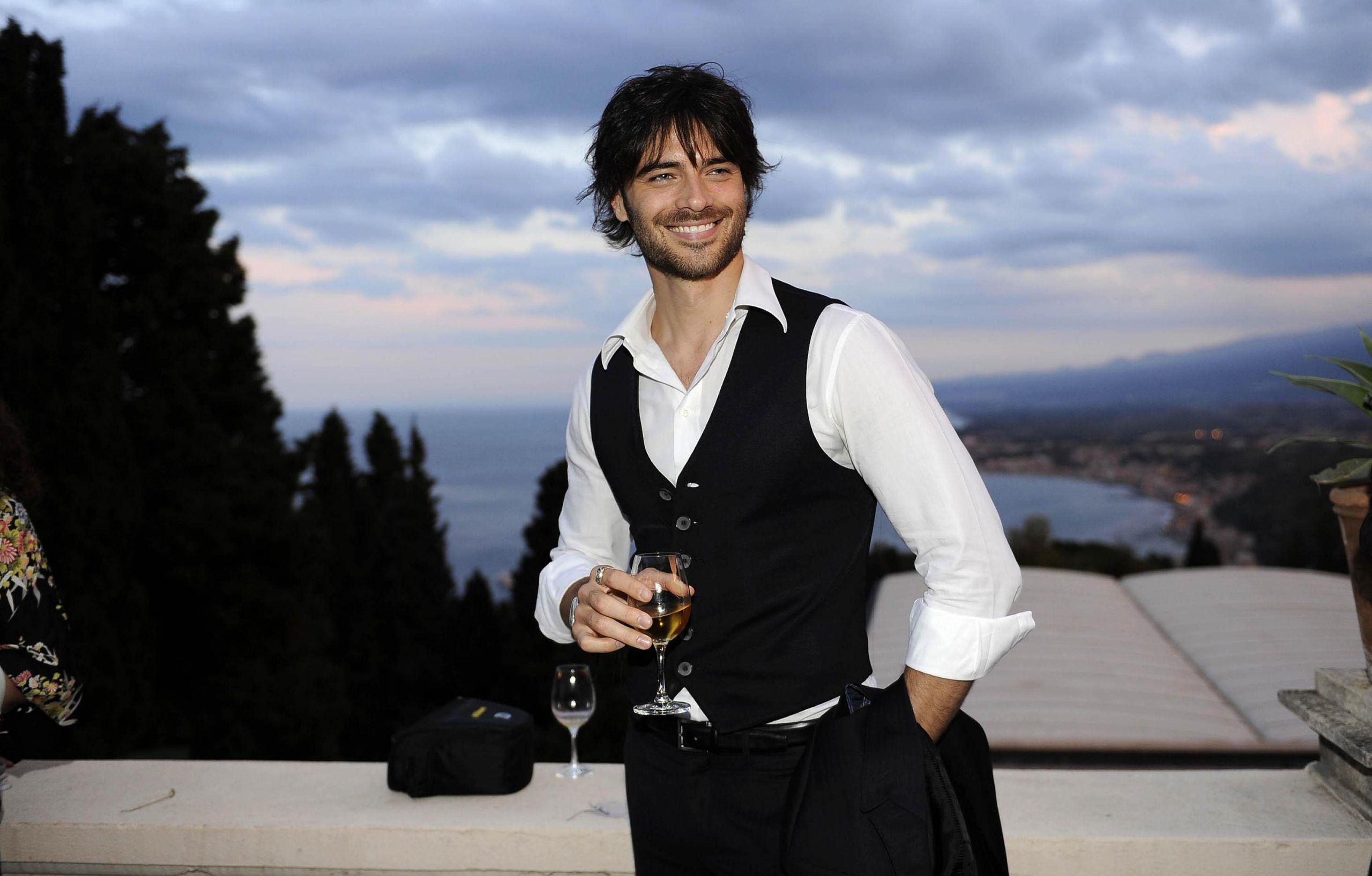 Giulio Berruti, l'attore racconta: 'Da 12 anni soffro di fibromialgia'