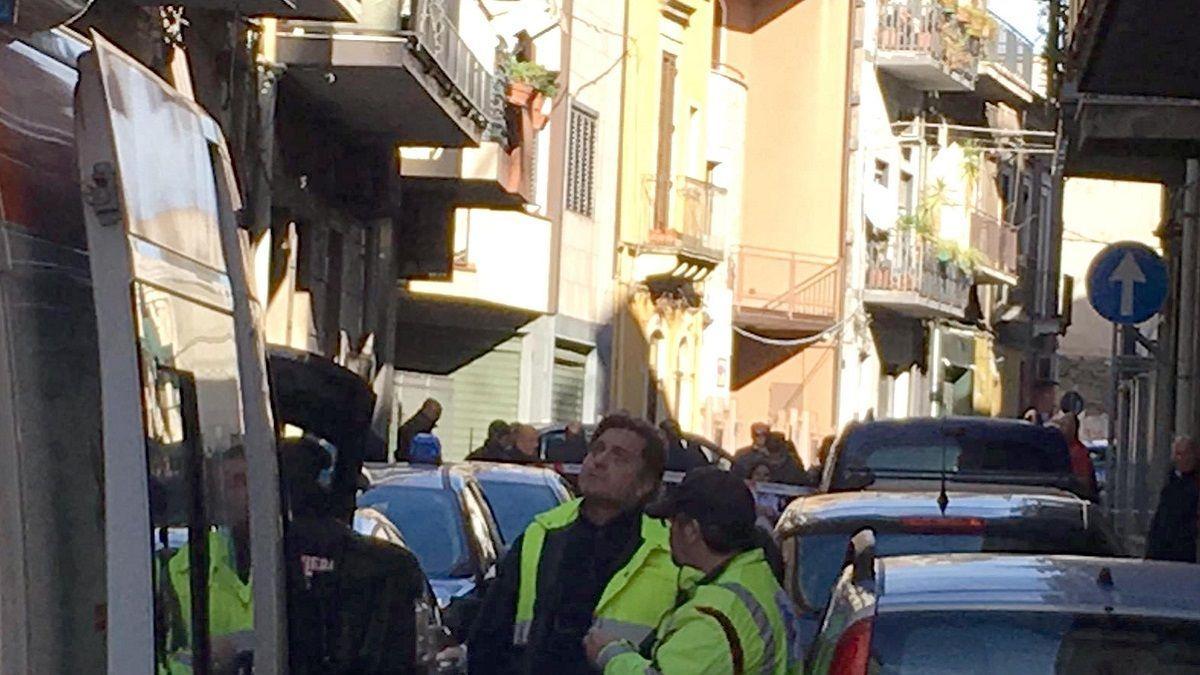 Strage a Paternò: padre stermina la famiglia e poi si uccide