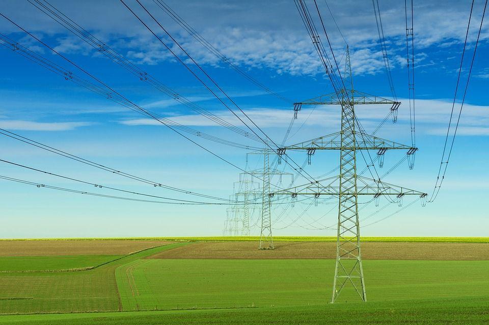 Energie: raddoppia la richiesta di elettricità nel mondo contemporaneo
