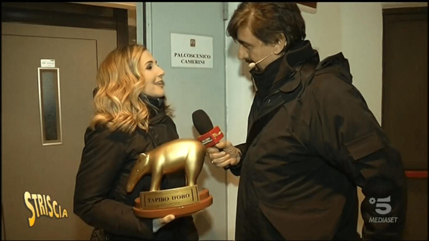 Lorella Cuccarini riceve il tapiro dopo la lite con Heather Parisi: 'Non strumentalizzate le mie parole'