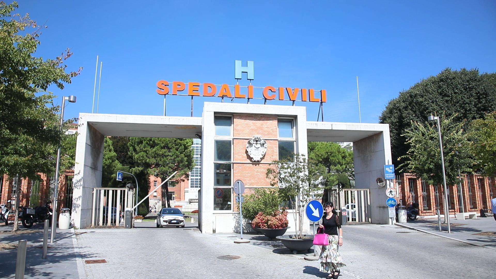 Neonato muore per infezione a Brescia, la lettera della mamma: