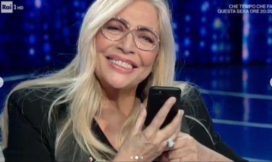 Domenica In, Mara Venier in lacrime: la sorpresa del marito Nicola Carraro