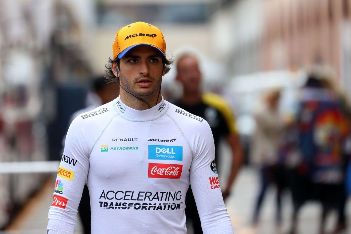 Carlos Sainz Jr correrà con la Ferrari