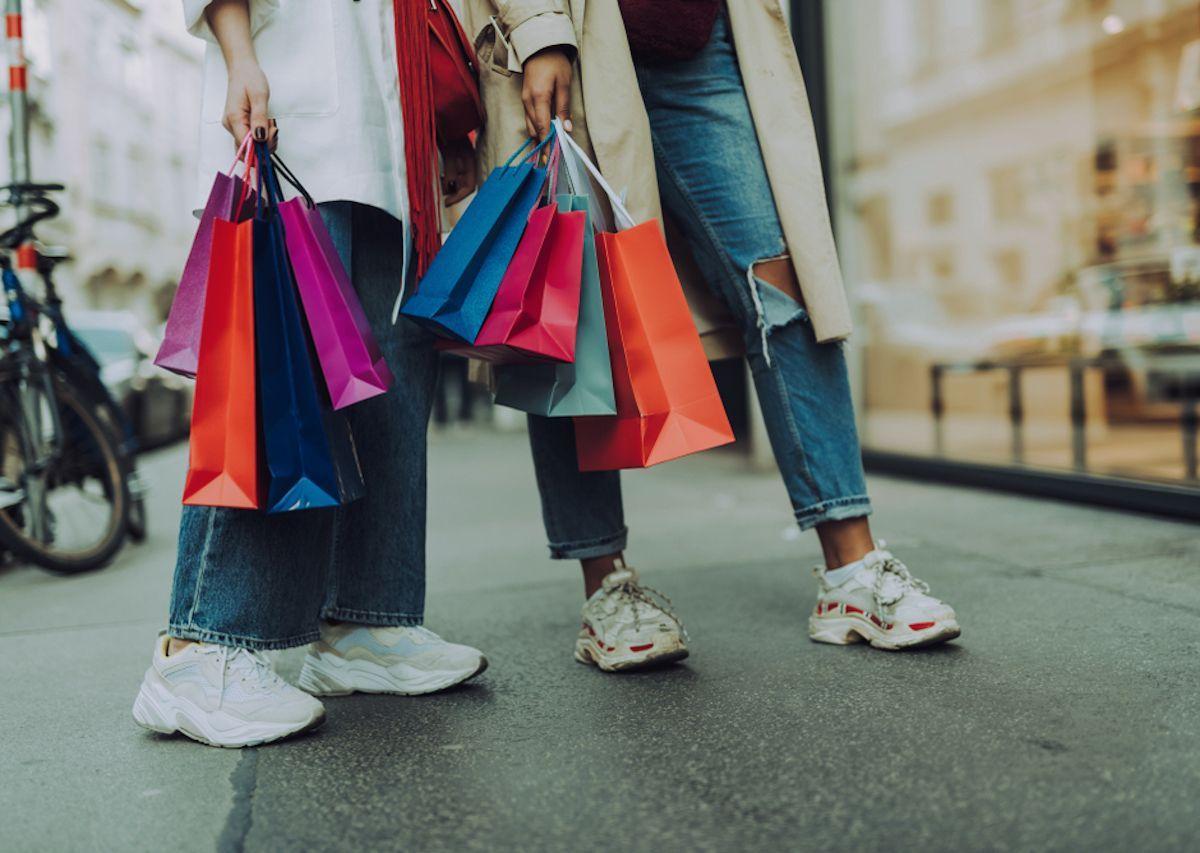 Aperture dei negozi 18 maggio