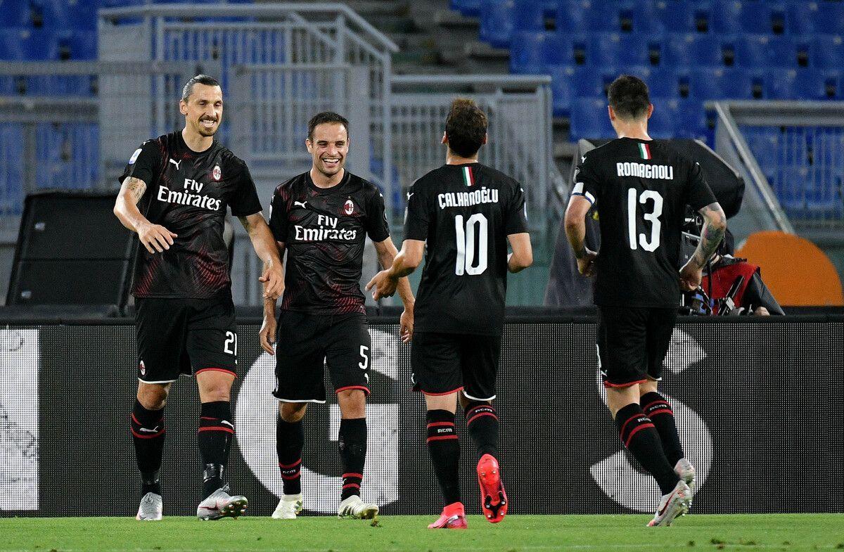 I giocatori del Milan esultano
