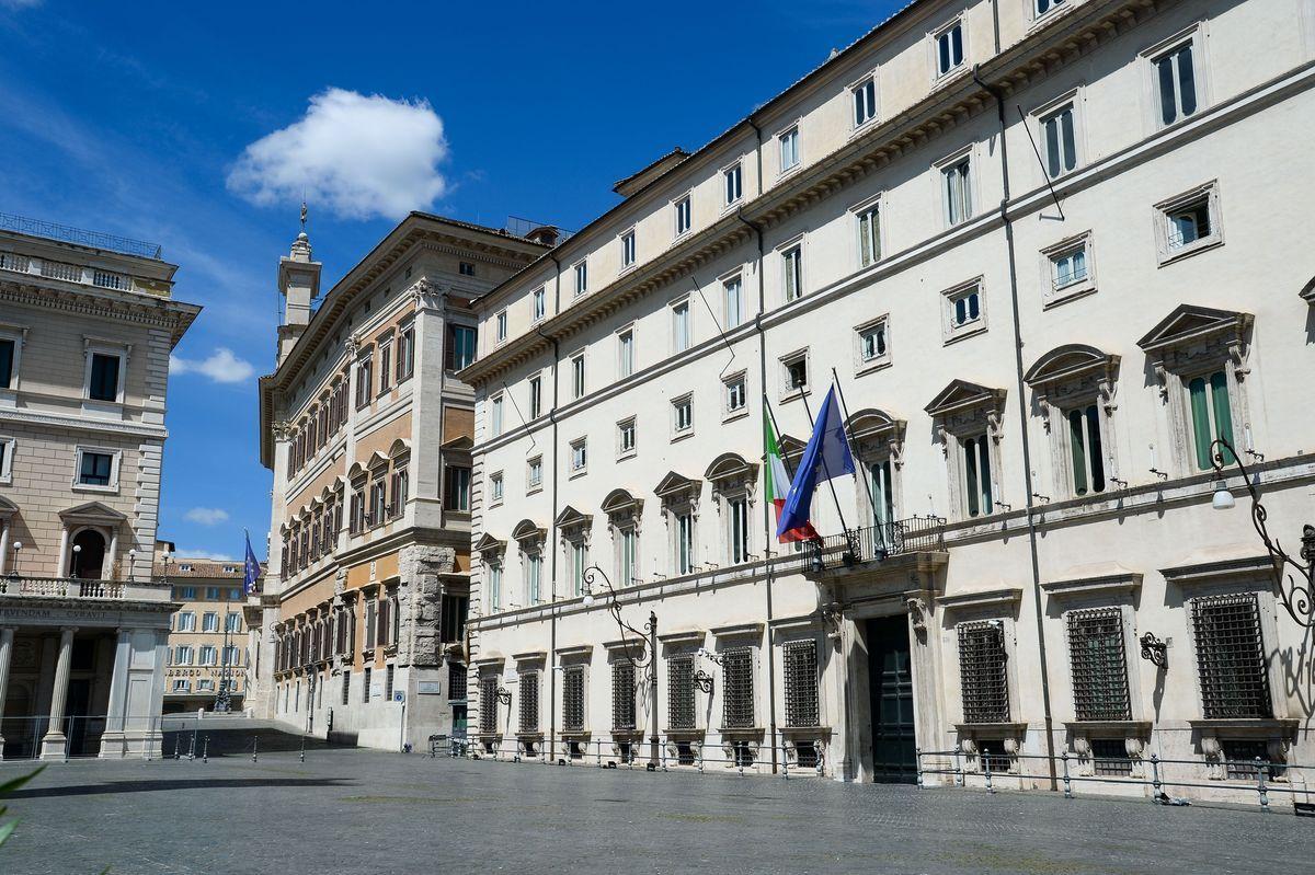 Palazzo Chigi, sede dove il Governo sta varando il Decreto agosto