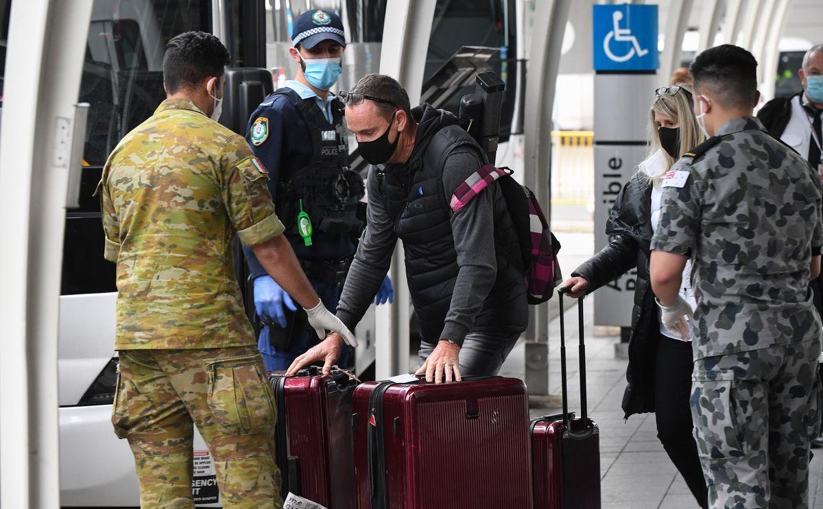 Coronavirus, ipotesi quarantena e tampone per chi torna in Italia dall'estero
