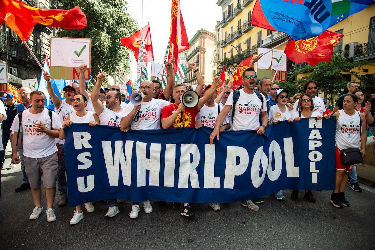 Manifestazione Whirpool Napoli