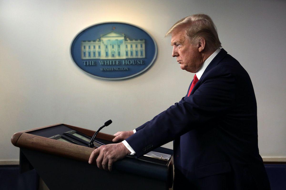 "Trump, hacker olandese viola l'account Twitter: la password era ""Maga2020!"""