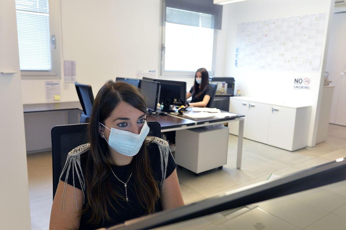 donne impiegate ufficio