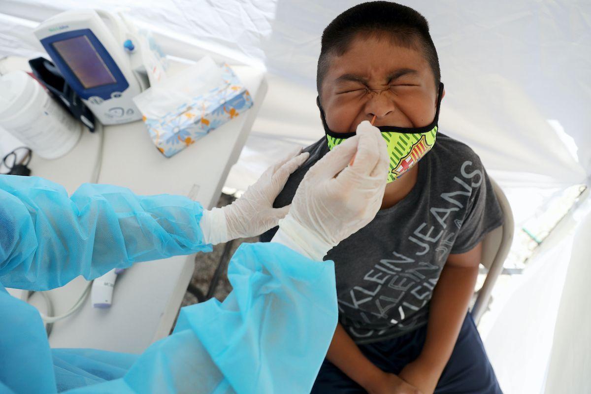 tampone nasofaringeo bambino Covid-19 Coronavirus