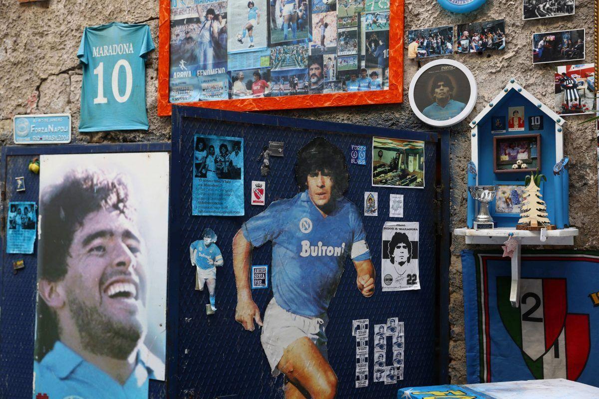 Il murale dedicato a Maradona nei Quartieri Spagnoli di Napoli