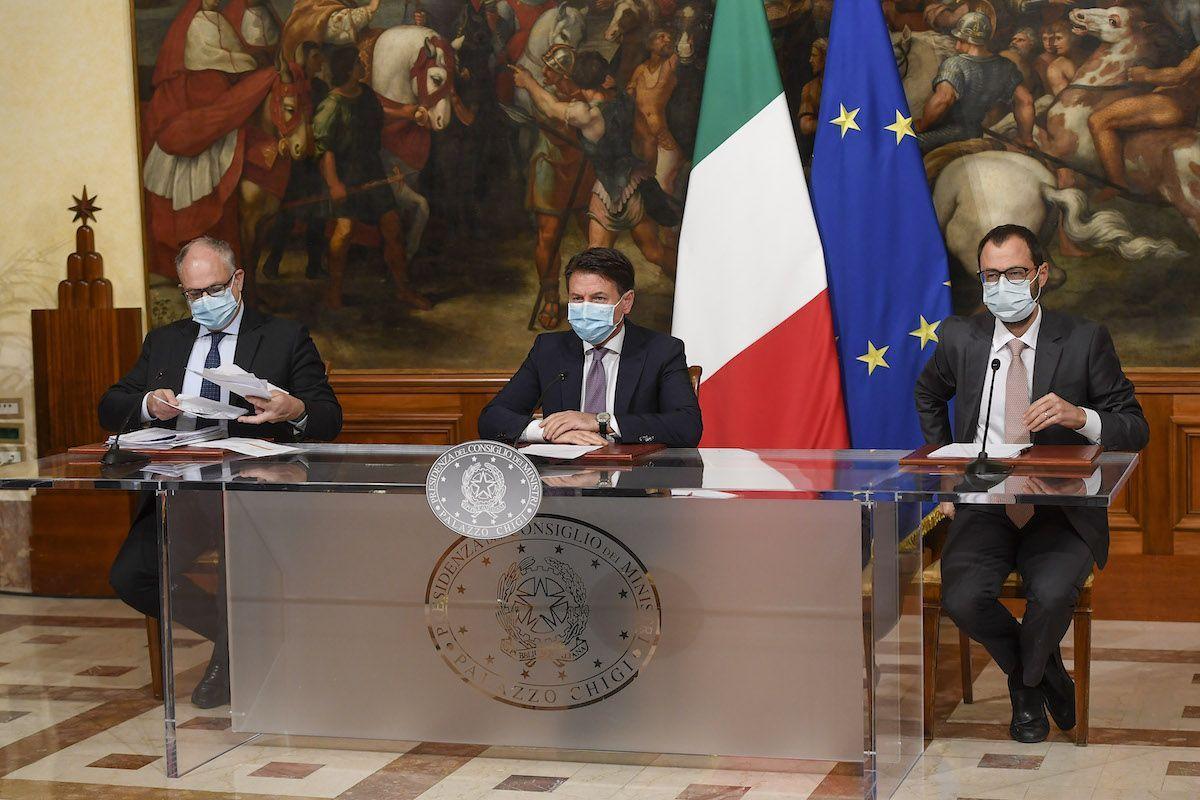 Giuseppe Conte Roberto Gualtieri Stefano Patuanelli