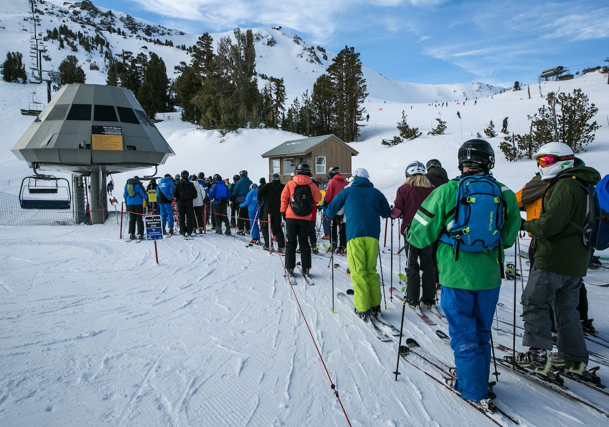 impianto sciistico montagna seggiovia sci