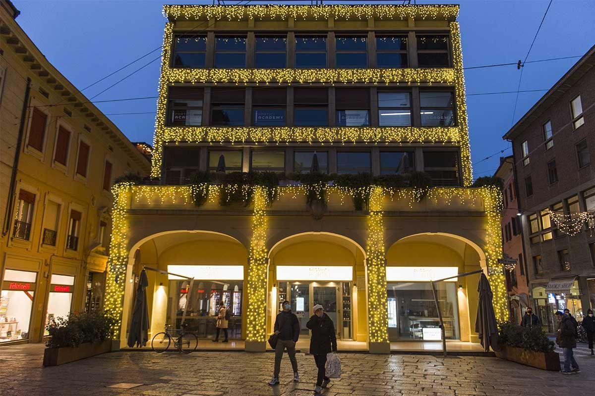 bologna centro città persone