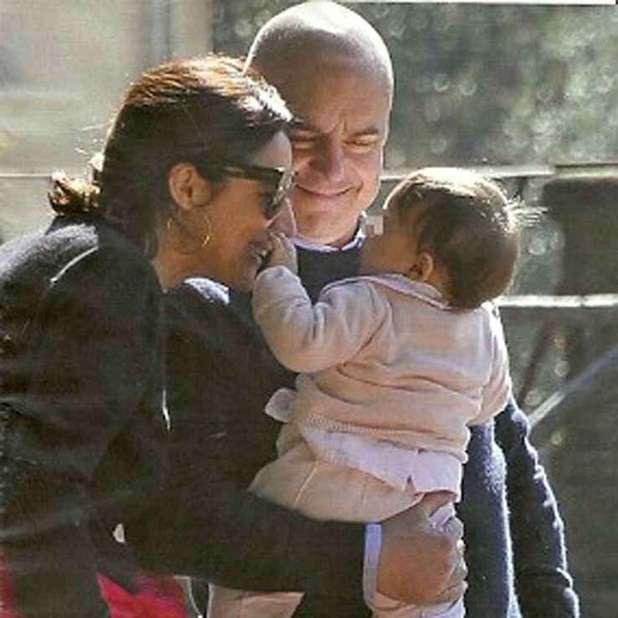 Luisa Ranieri con la figlia Emma e il marito Luca Zingaretti
