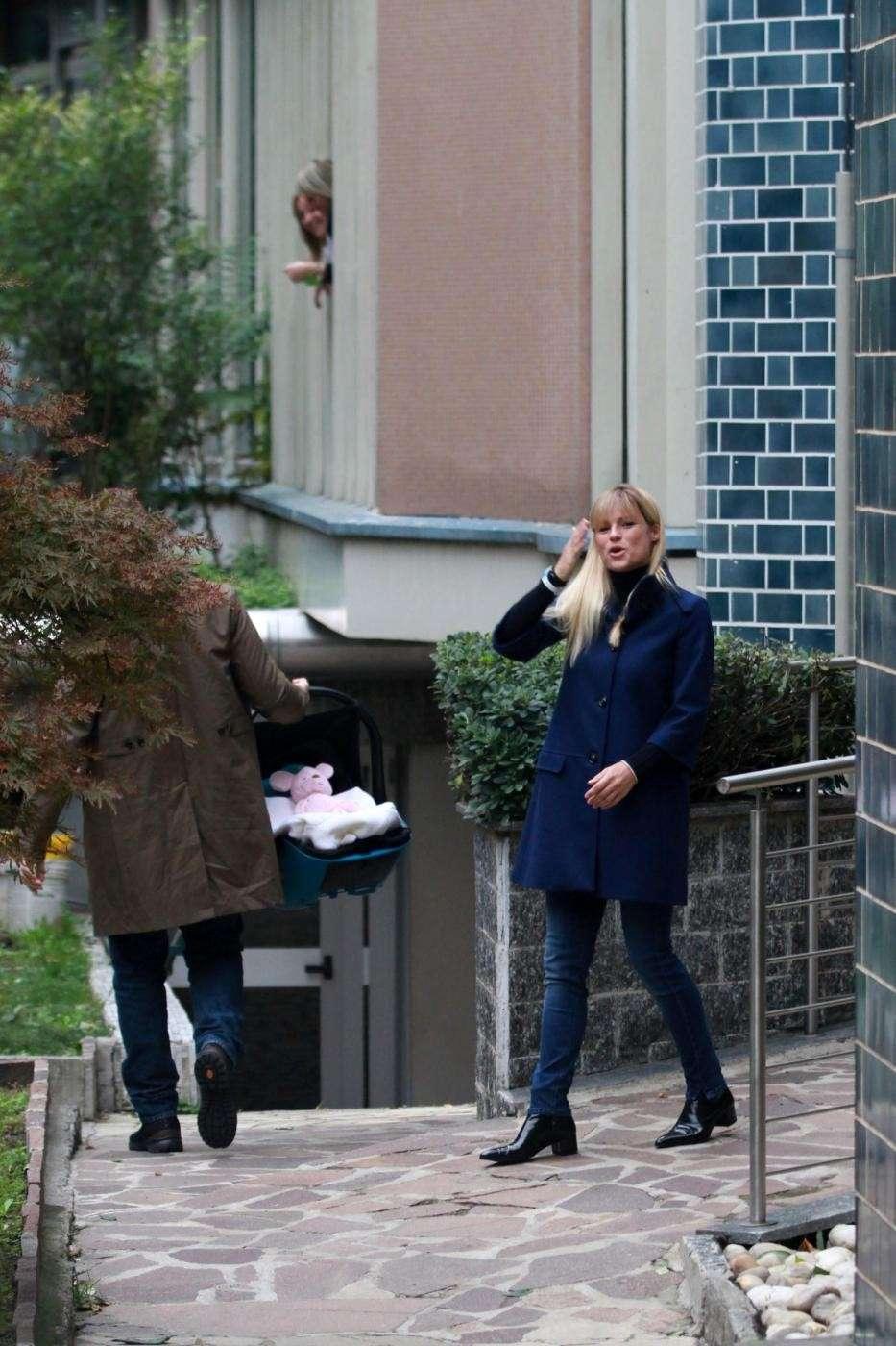 Michelle all'esterno della Madonnina