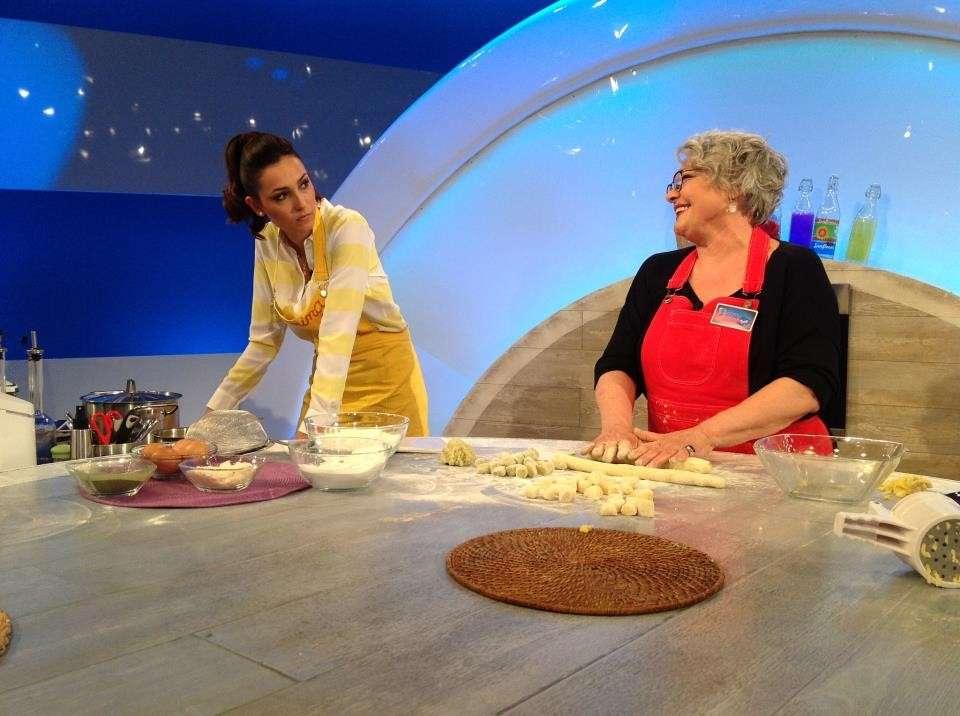Caterina Balivo ci insegna come cucinare gli gnocchi