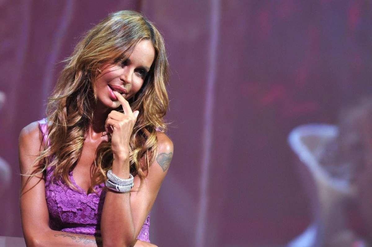 Nina Moric: la bellissima showgirl