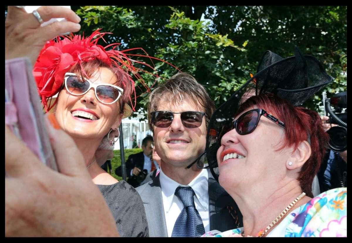 Tom Cruise con le fan