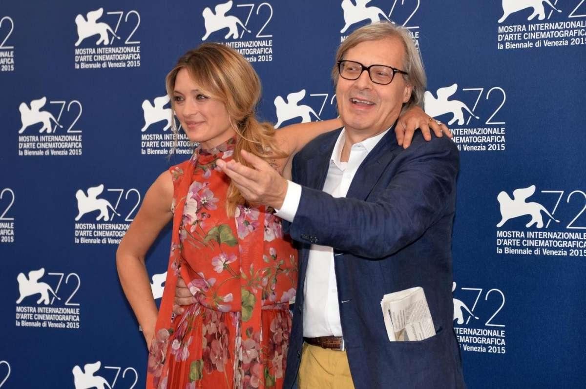 Vittorio Sgarbi con Carolina Crescentini
