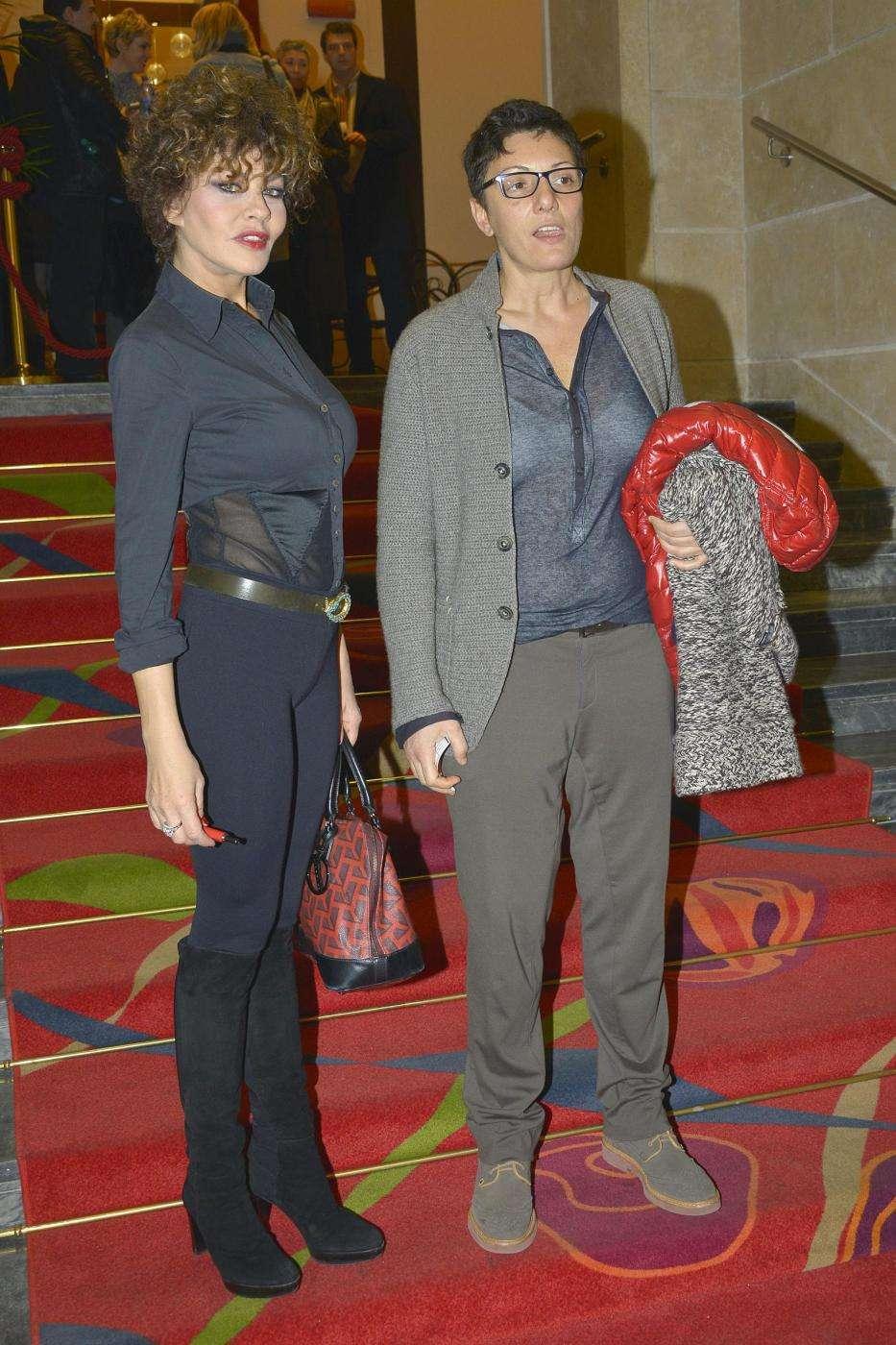 Eva Grimaldi e Imma Battaglia a teatro