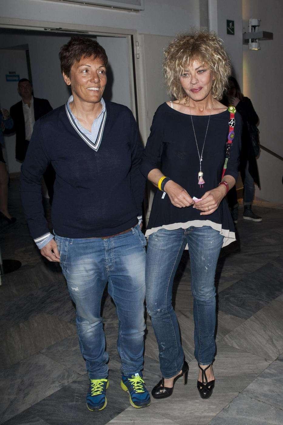 Eva Grimaldi posa con Imma Battaglia