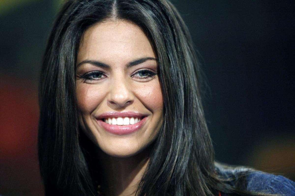 Pamela Camassa, le foto più belle della showgirl