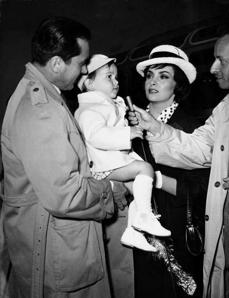 Gina Lollobrigida col marito Milko Skofic e il figlio