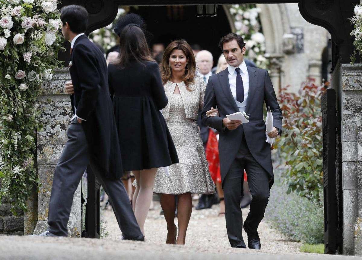 Roger Federer invitato con la moglie