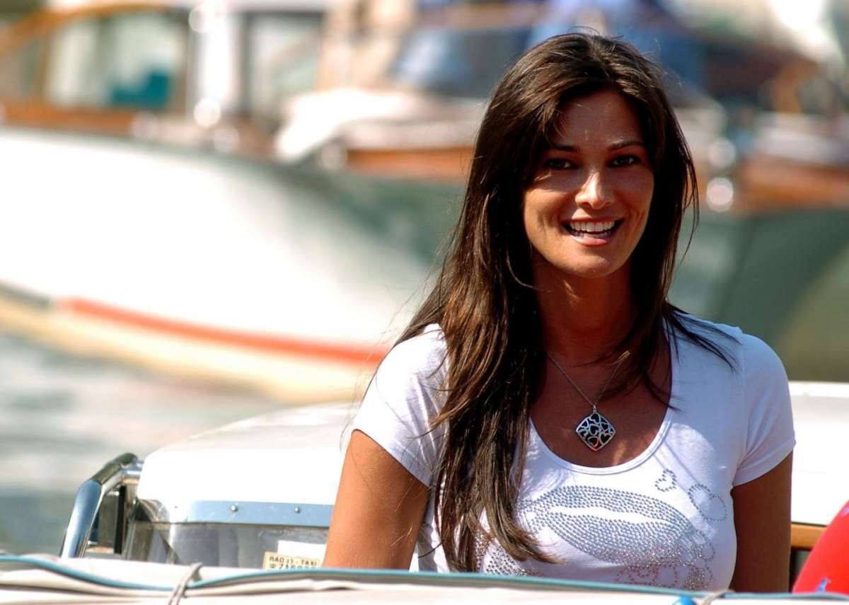 Manuela Arcuri al Lido di Venezia