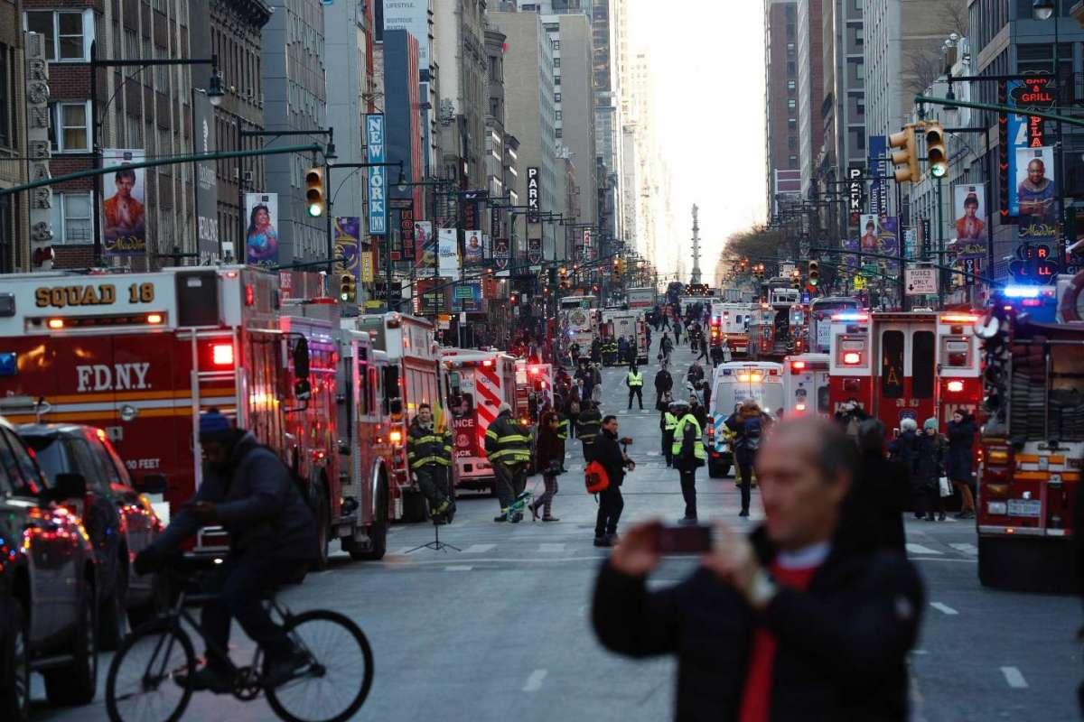 Polizia e vigili del Fuoco a New York