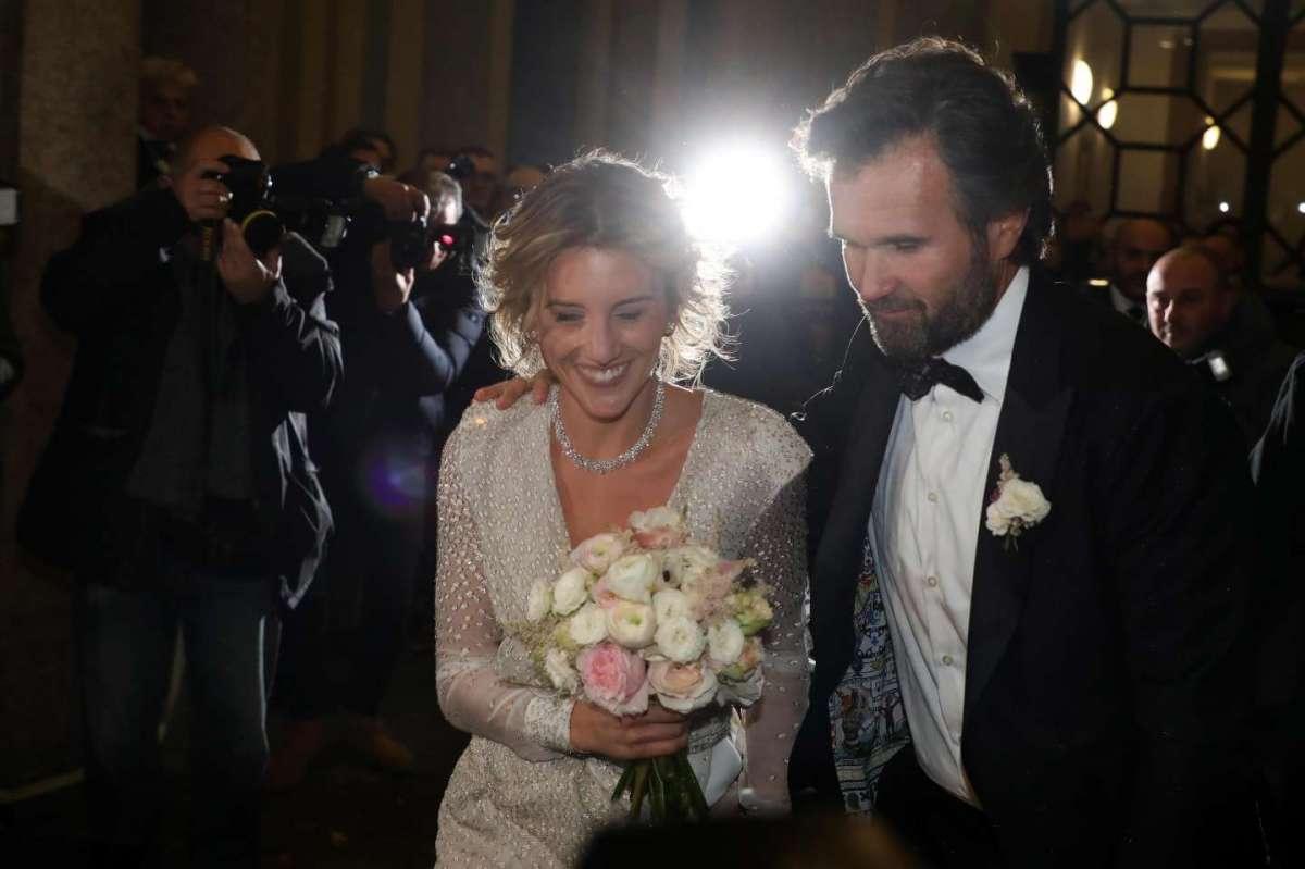 Gli sposi a Milano con i fotografi