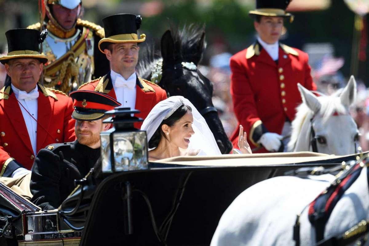 Harry e Meghan in carrozza