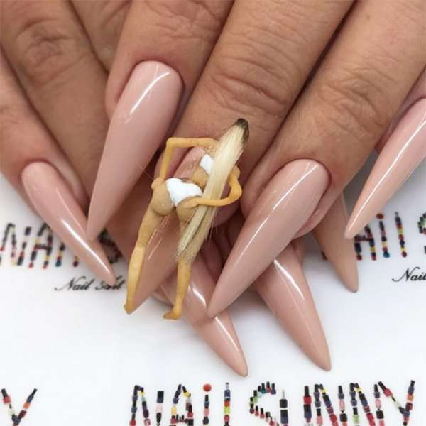 Nail art: unghie signorina