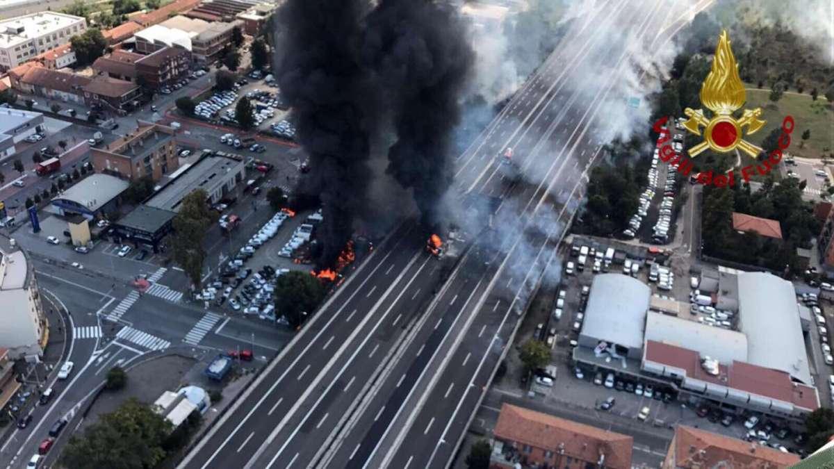 Incidente Bologna incendio crollo ponte tangenziale