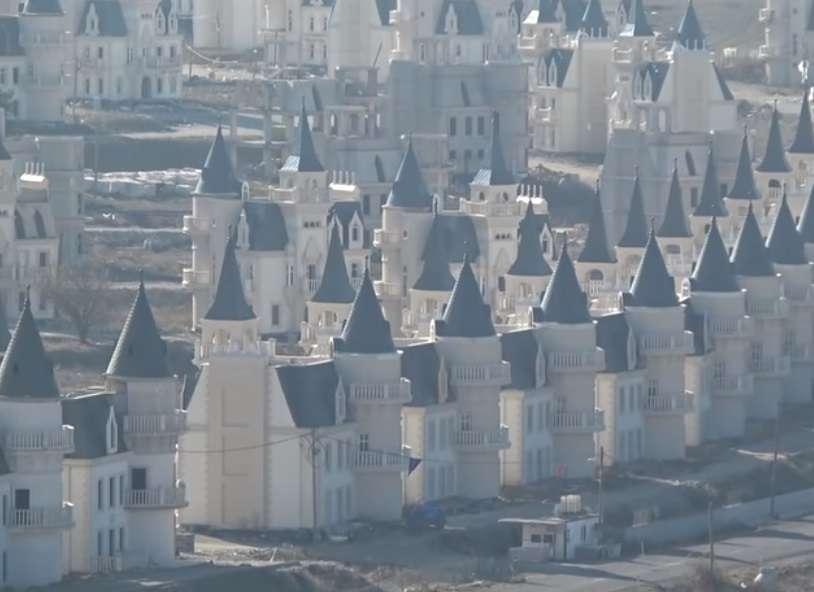 Burj Al Babas, il sogno infranto